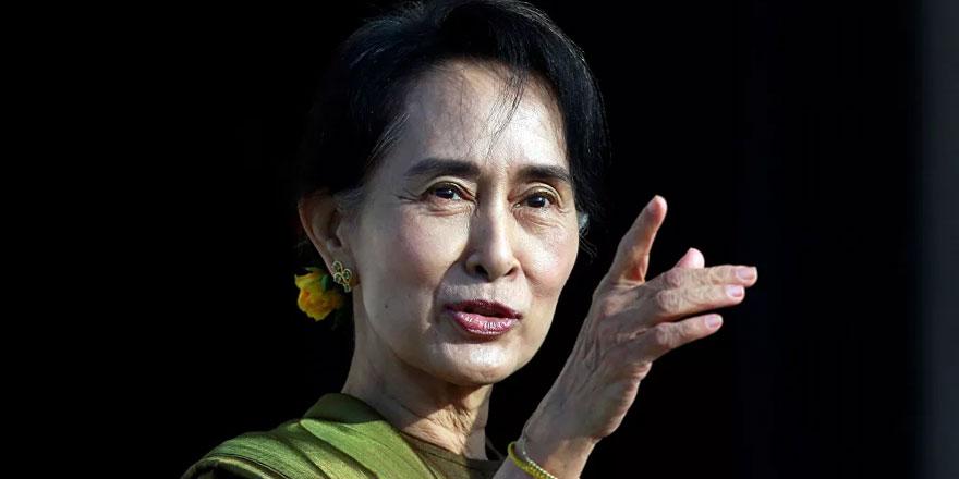 Myanmar'da Suu Çii'ye rüşvet suçlaması