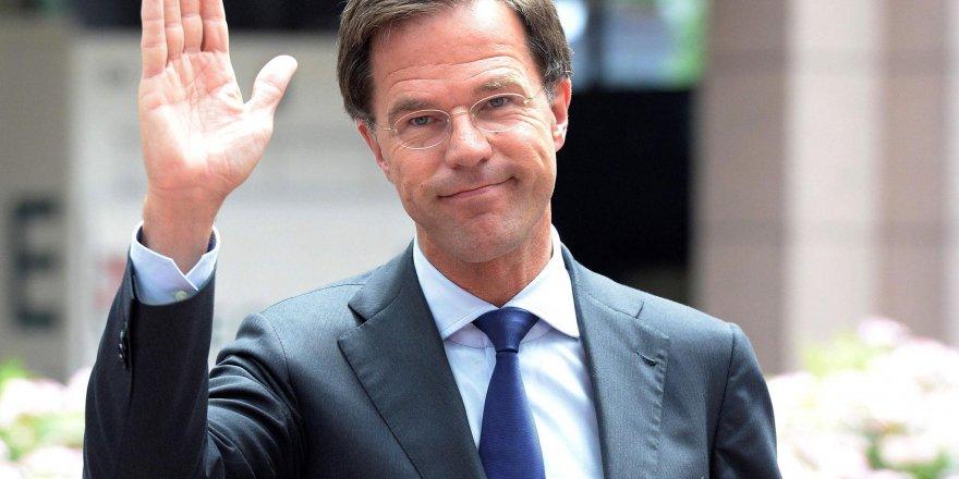 Hollanda'da Başbakan Mark Rutte dördüncü dönemini kazandı
