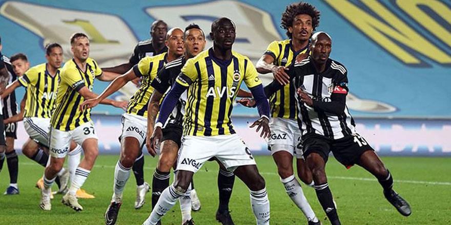 Fenerbahçe Beşiktaş maçına 4 değişiklikle çıkacak