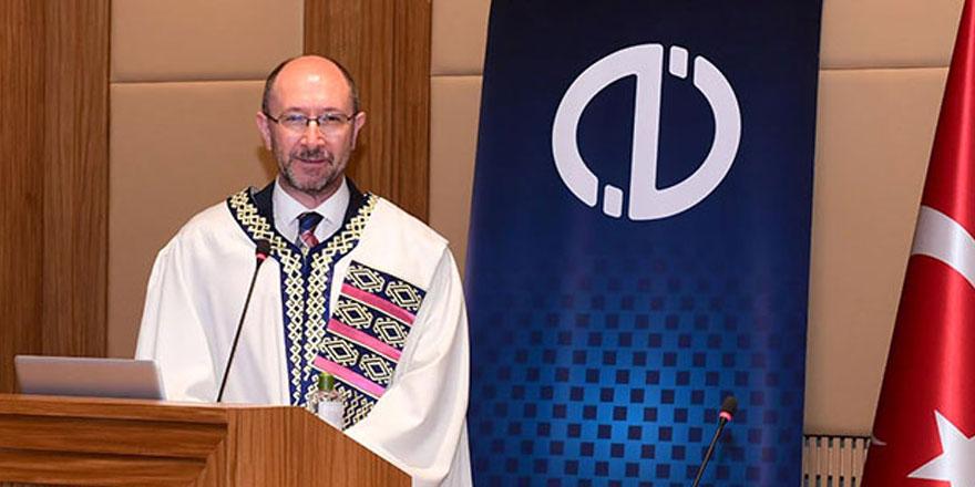 Eskişehir Anadolu Üniversitesi Rektörü Prof. Dr. Fuat Erdal koronaya yakalandı