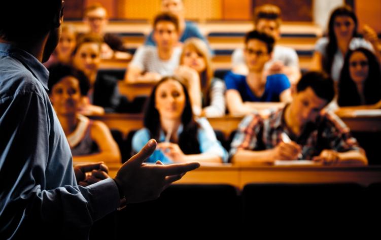 Açık Öğretimdeki 1.5 Milyon Öğrenciye Müjde
