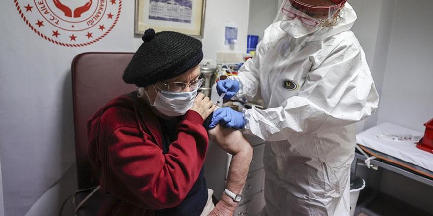 60 yaş ve üstü vatandaşlar dikkat! İşte aşı için tüm detaylar
