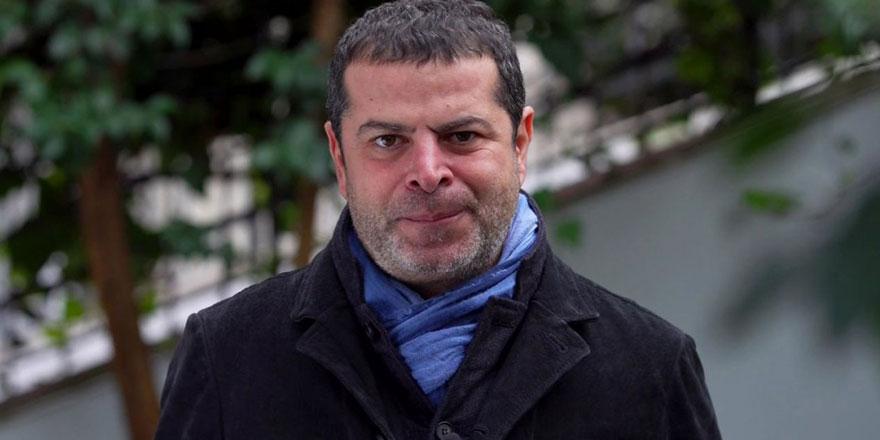 Cüneyt Özdemir'in o tweetine tam tamına 81 bin lira verdiler! Canlı yayında satıyor