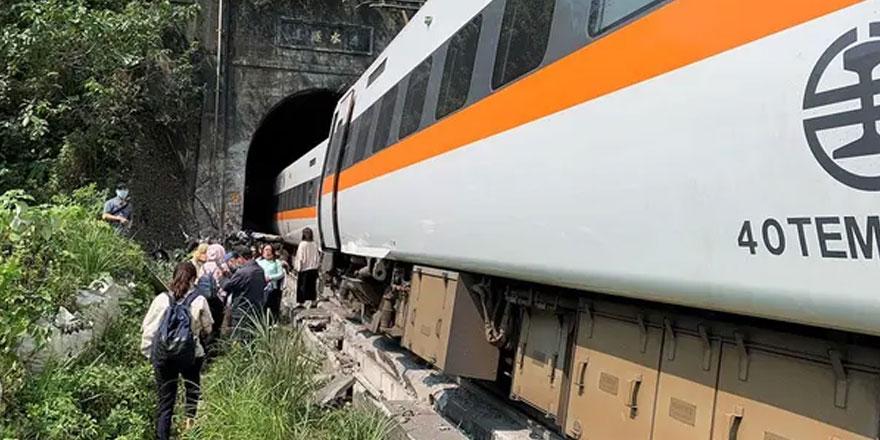Tayvan'da korkunç tren kazası: En az 36 kişi öldü