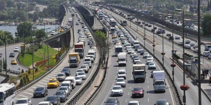Megakenttte kısıtlama öncesi trafik yoğunluğu
