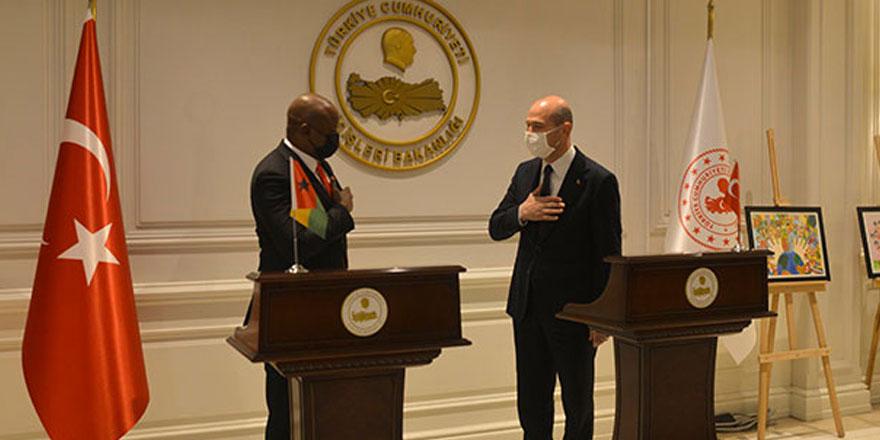 Bakan Soylu, Gine Bissau İçişleri Bakanı Cande'yi kabul etti