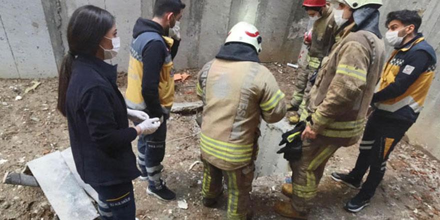 Beyoğlu'nda ilk iş gününde inşaattaki çukura düşen işçi öldü