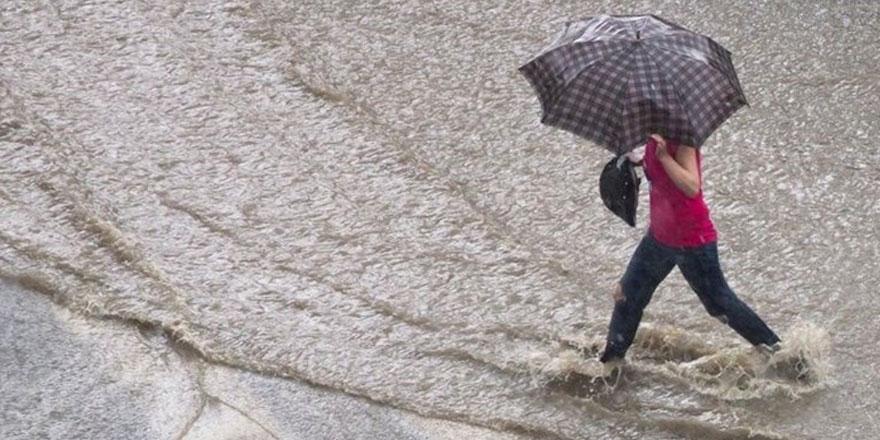 Meteoroloji bölge bölge uyardı! Kuvvetli sağanak ve fırtına  geliyor