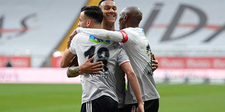 Beşiktaş, Aytemiz Alanyaspor'u 3-0 mağlup etti