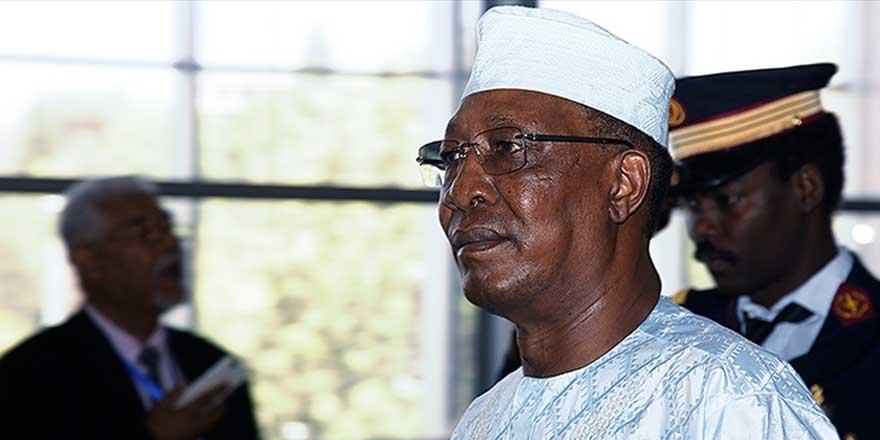 Çad Cumhurbaşkanı İdriss Deby cephede hayatını kaybetti