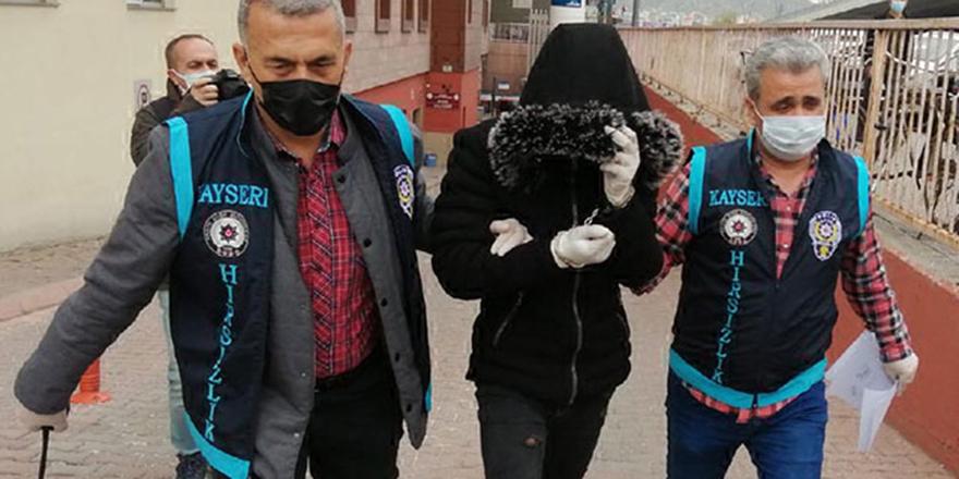 Camilerden musluk çalan üçü çocuk dört kişi yakalandı