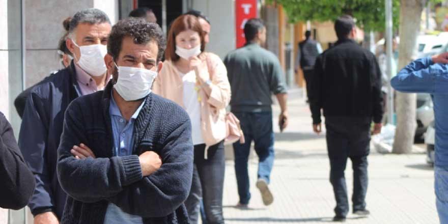 Artan korona virüs vakalarıyla beraber tam kapanma Yusuf Eryazğan uyarısı
