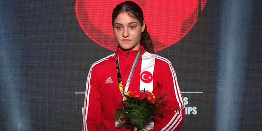 Büşra Işıldar dünya şampiyonu