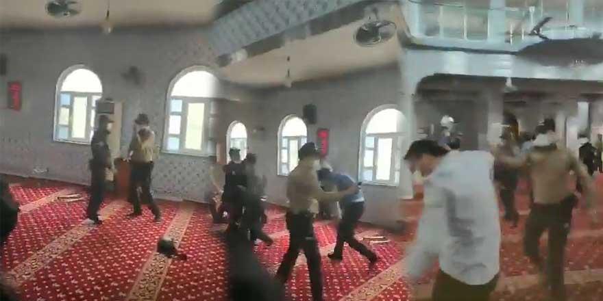 Yasağa rağmen toplandılar! Furkan Vakfı üyelerine camide biber gazlı müdahale
