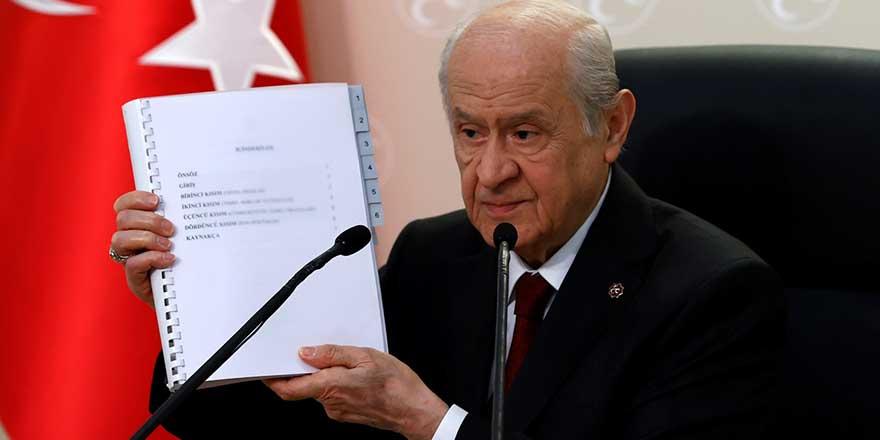 Bahçeli'nin yeni anayasa taslağına CHP ve İYİ Parti nasıl bakıyor?