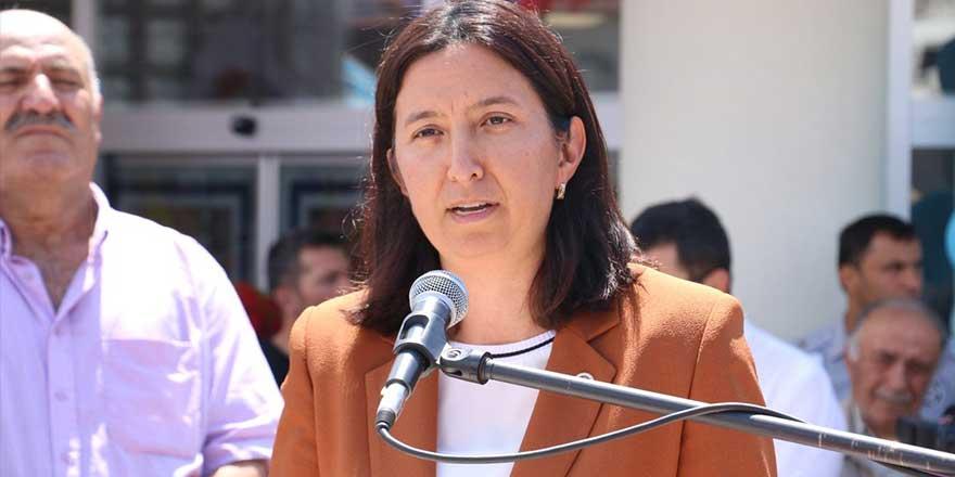 AKP'li Semiha Ekinci yaptığı paylaşımla rezil oldu! Sosyal medyanın diline düştü