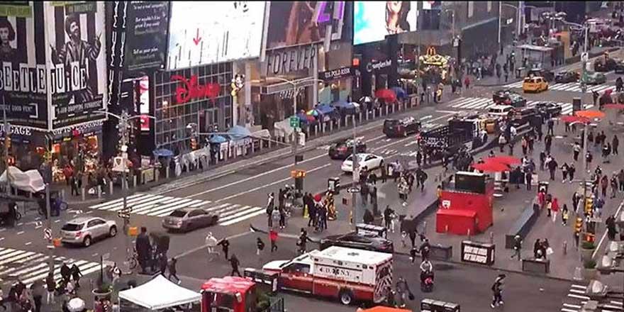 New York'un göbeğinde ortalık karıştı: Yaralılar var