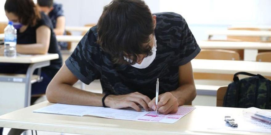 MEB'den sınavlarla ilgili açıklama: 11 soru 11 cevap
