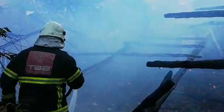 Amasya'da bahçe yangını çıktı! 10 ton saman kül oldu