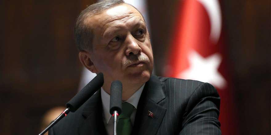 Emin Gürses'ten flaş iddia: 2 bakan Erdoğan'ın kuyusunu kazıyor