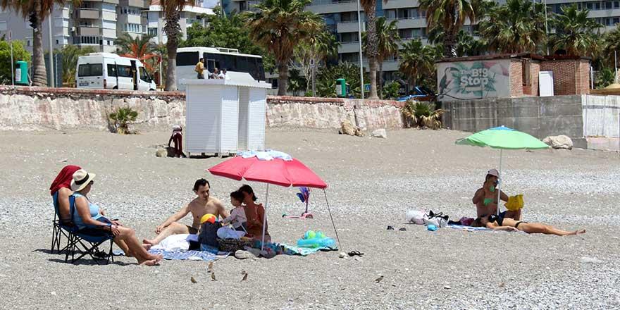 Antalya'ya gelen turist sayısı yarım milyonu aştı!