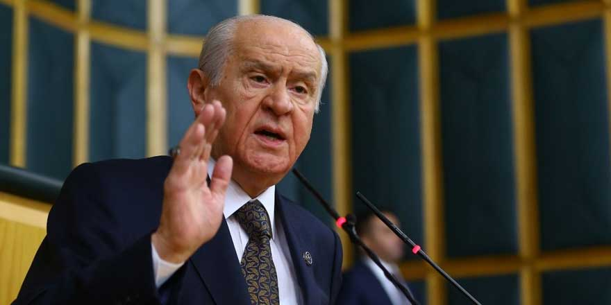 Bahçeli'nin 'Sedat Peker açıklamaları' kulisleri ayağa kaldırdı: İki isme mahkeme yolunu mu gösterdi?