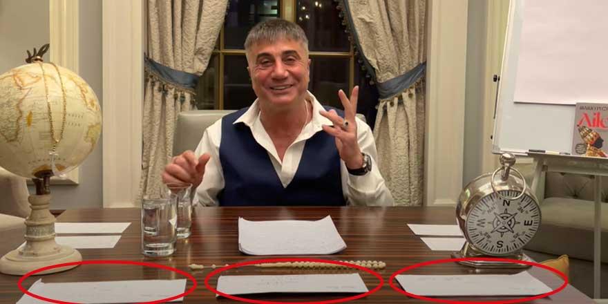 Herkes bunu konuşuyor... Sedat Peker'in masasındaki zarflarda neler yazıyor?