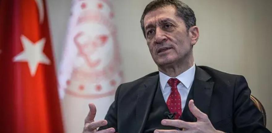 LGS'de benzer soru iddialarına Bakan Selçuk'tan kritik açıklama