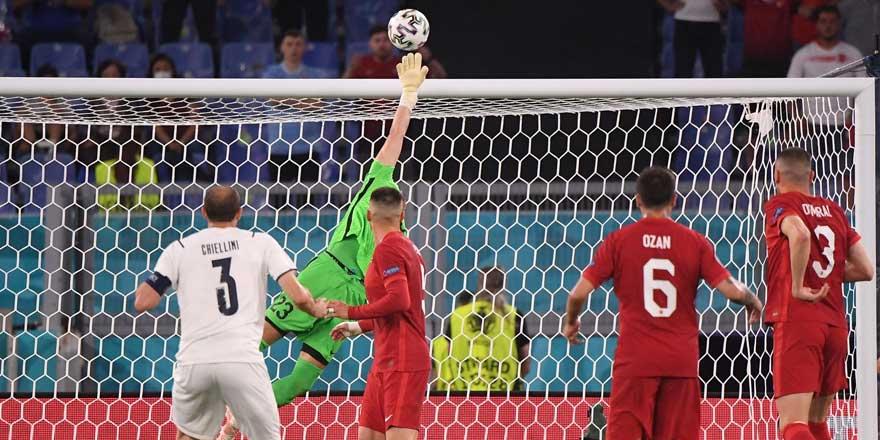 EURO 2021 İtalya- Türkiye maçı 3-0 bitti