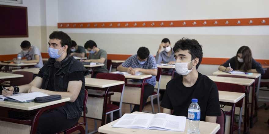Milli Eğitim Bakanlığı açıkladı: Lisede sınıfta kalma olacak mı?