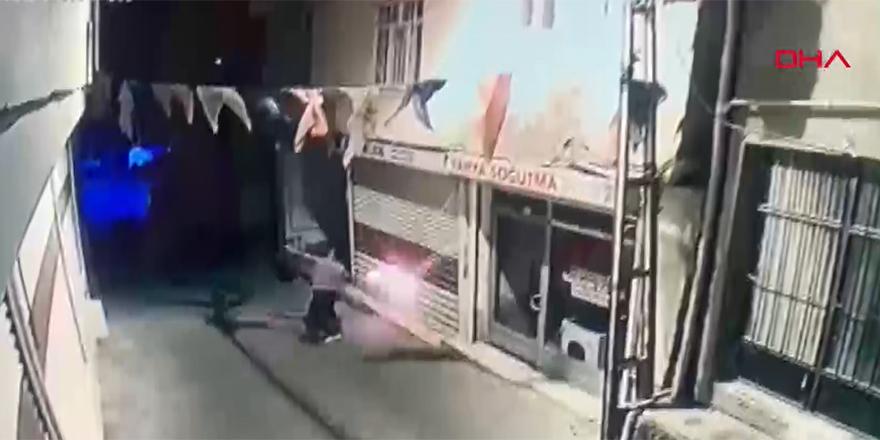 Diyarbakır'da AKP Hani İlçe binasına molotoflu saldırı