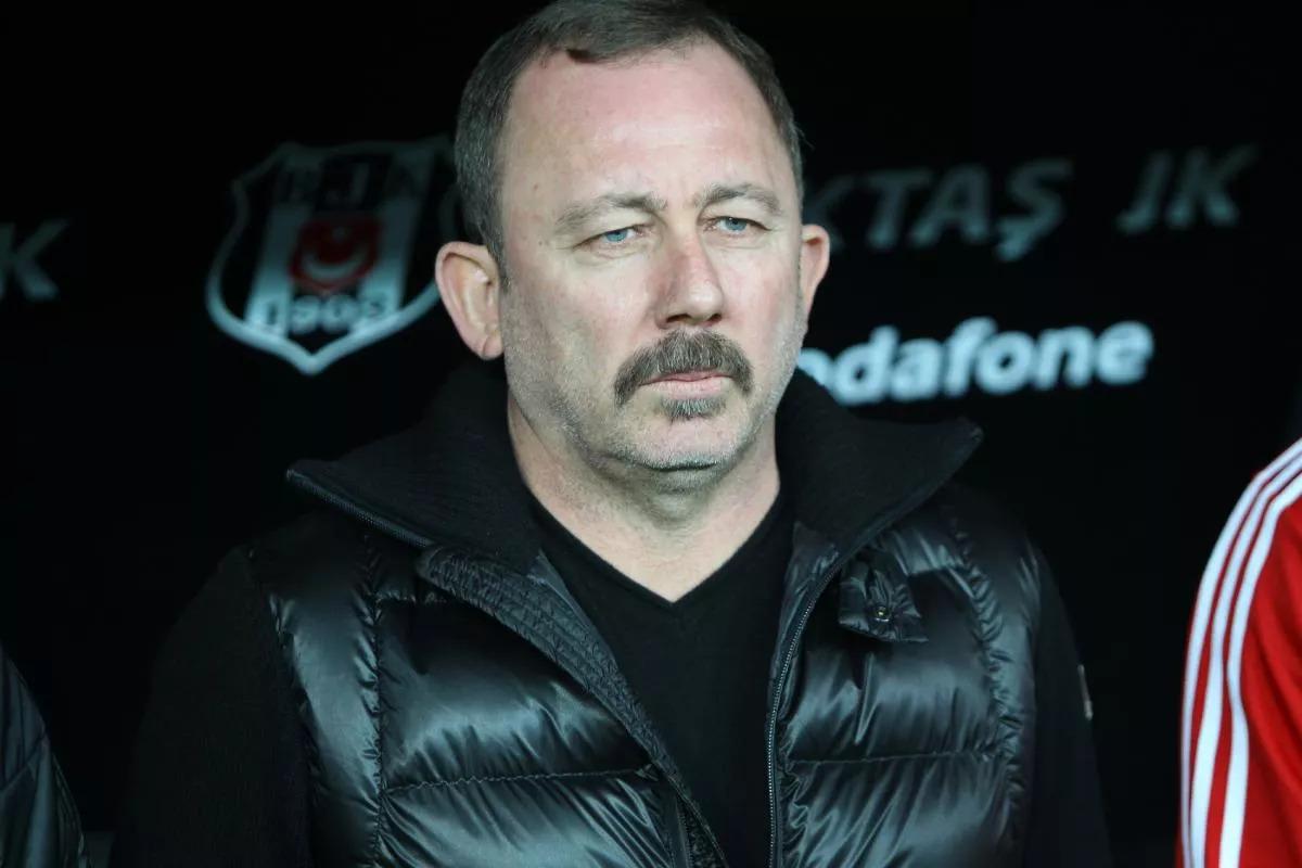 Beşiktaş'ta büyük kriz.. Sergen Yalçın teklifi kabul etmedi
