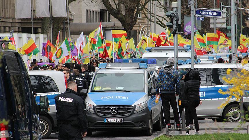 Almanya'dan PKK'ya izin