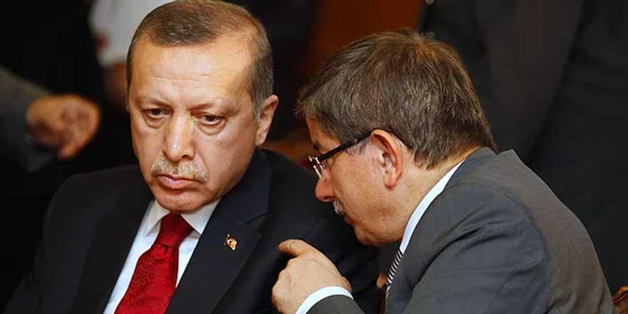 Davutoğlu'dan siyasi tansiyonu yükseltecek iddia: Mal varlığı korkusuyla ses çıkarmadı
