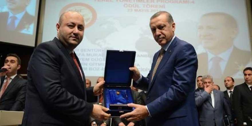 AKP'li isme 6 ayda 2 milyonluk LED ihalesi!