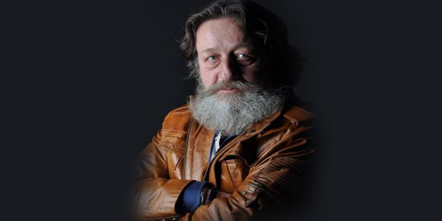 Tiyatrocu Levent Aykul evinde ölü bulundu
