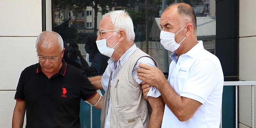 Antalya'da baba Hüseyin Tutka oğlunun cenazesinde ayakta zor durdu
