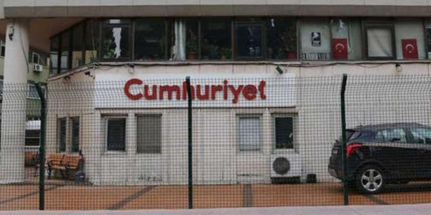 Son dakika... Cumhuriyet Gazetesi Yayın Yönetmeni Aykut Küçükkaya istifa etti