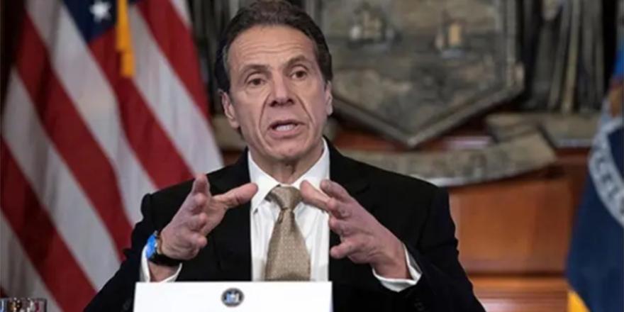 New York Valisi Cuomo'nun birden fazla kadına cinsel tacizde bulunduğu açıklandı