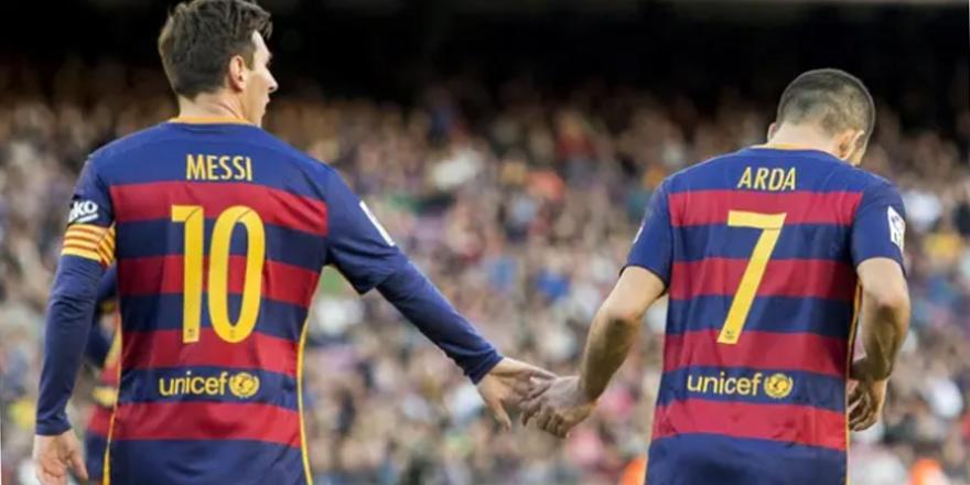 Arda Turan'dan duygusal Messi paylaşımı