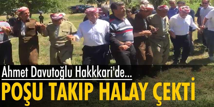Gelecek Partisi lideri Ahmet Davutoğlu, Hakkari'depoşu takıp halay çekti