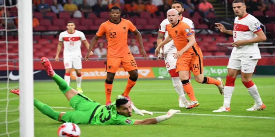 Hollanda attı A Milli Takım baktı! 6-1