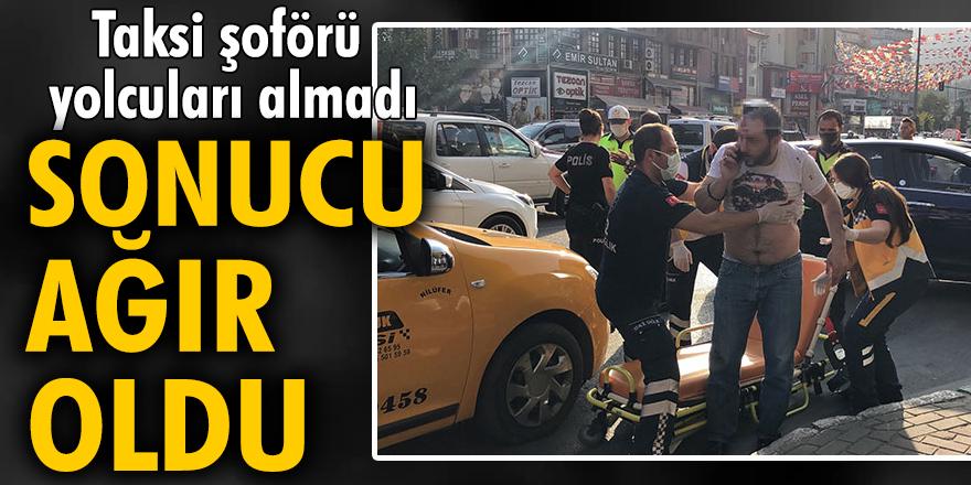 Taksi şoförü, aracına almadığı 2 kişi tarafından bıçaklandı