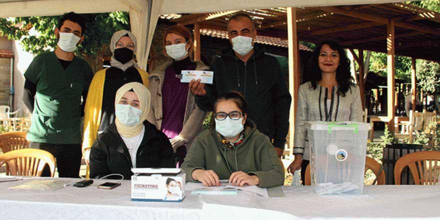 Manisa'da aşı olanlara ikramiye