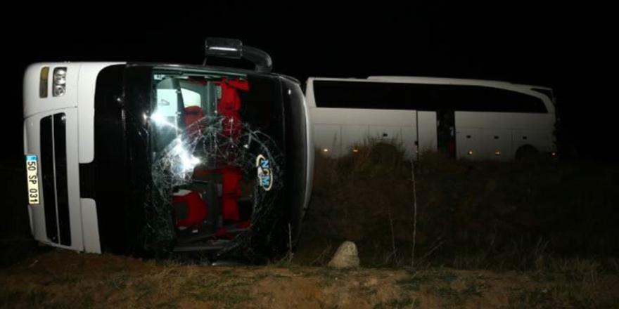 Öğrencileri taşıyan iki otobüs kaza yaptı!