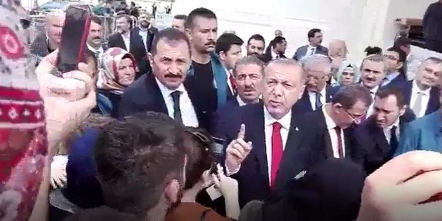 """Erdoğan'ın zor duruma düştüğü anlar: """"İki üniversite mezunuyum işim yok"""""""