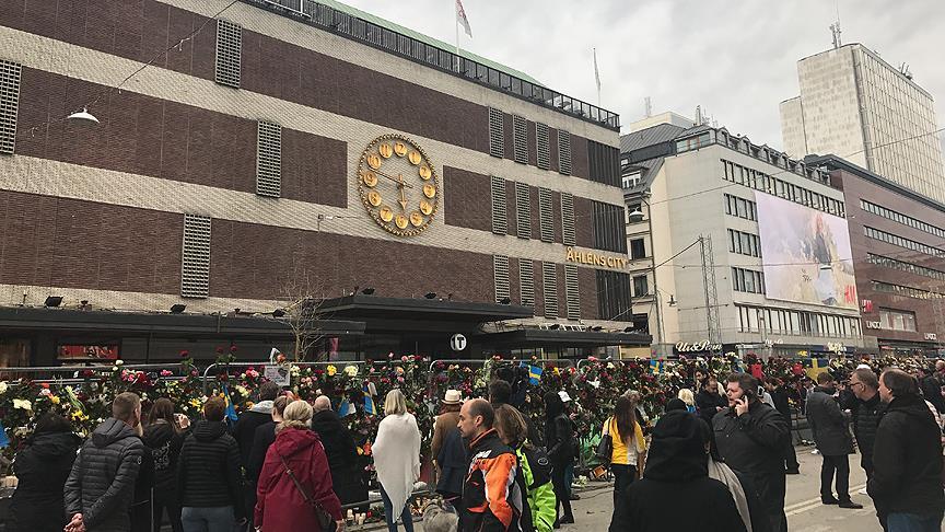 İsveç'te ölenlerin sayısı 5'e yükseldi