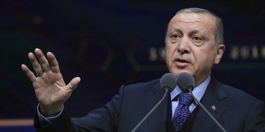 Erdoğan'ın diploma dosyası savcının önünde