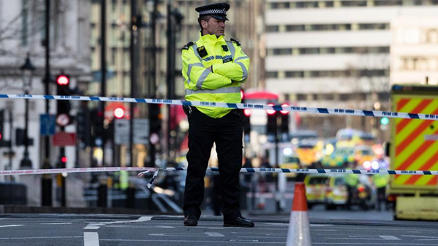 Londra'daki terör operasyonunda 3 kişi daha gözaltına alındı