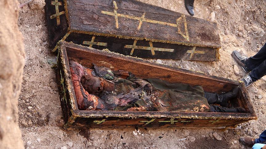 Asırlık cesedin kılıcının kaybolduğu iddialarına yalanlama